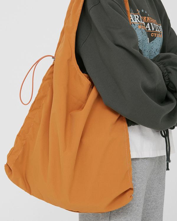 vegabond string tote bag