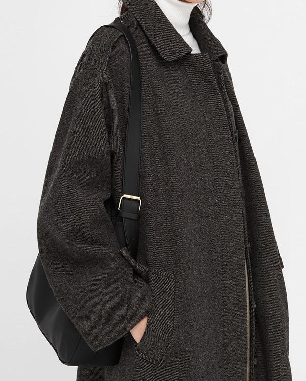 one buckle soft shoulder bag