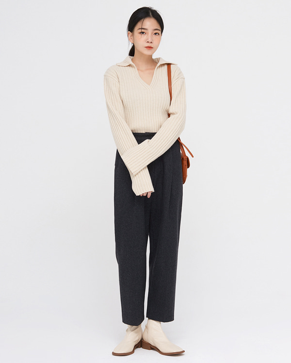 some v-neck wool collar knit
