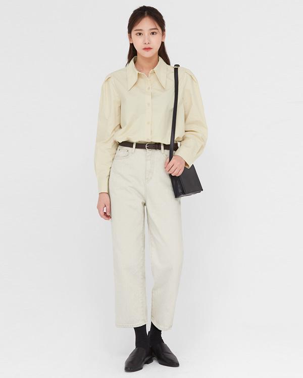 meet girl puff blouse