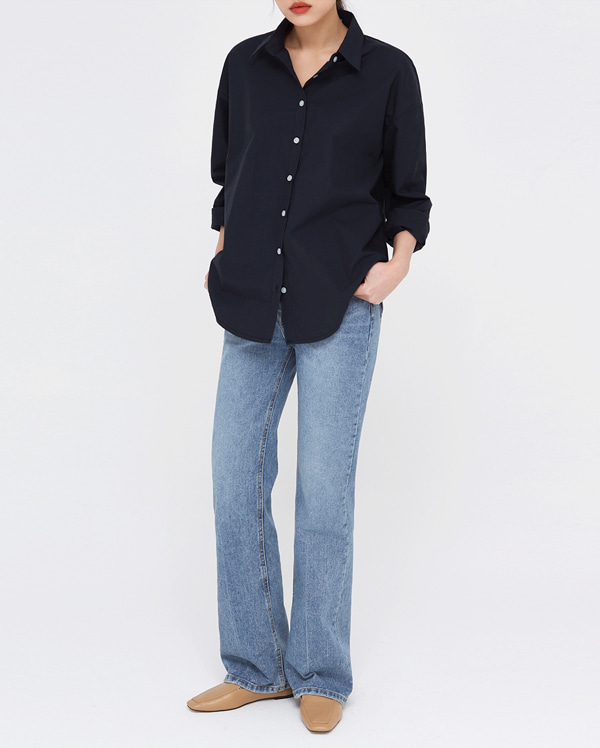mall slim boots cut denim pants (s, m)