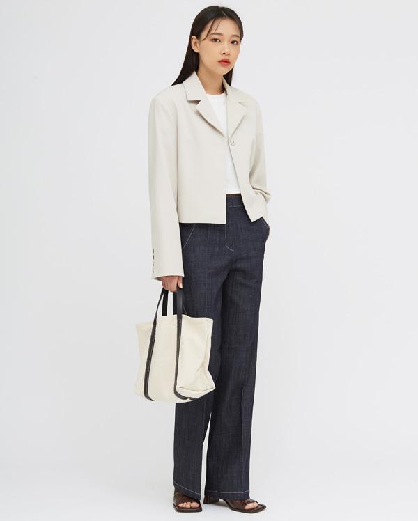 one snap short jacket
