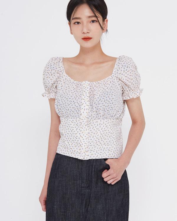 merry floral crop blouse