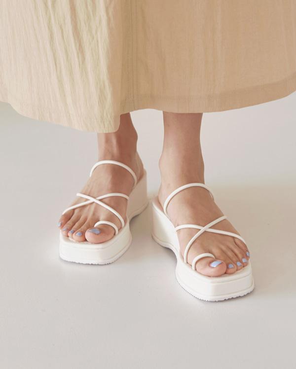 coil strap platform sandal (225-250)