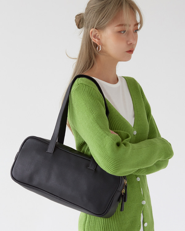 basic square shoulder bag