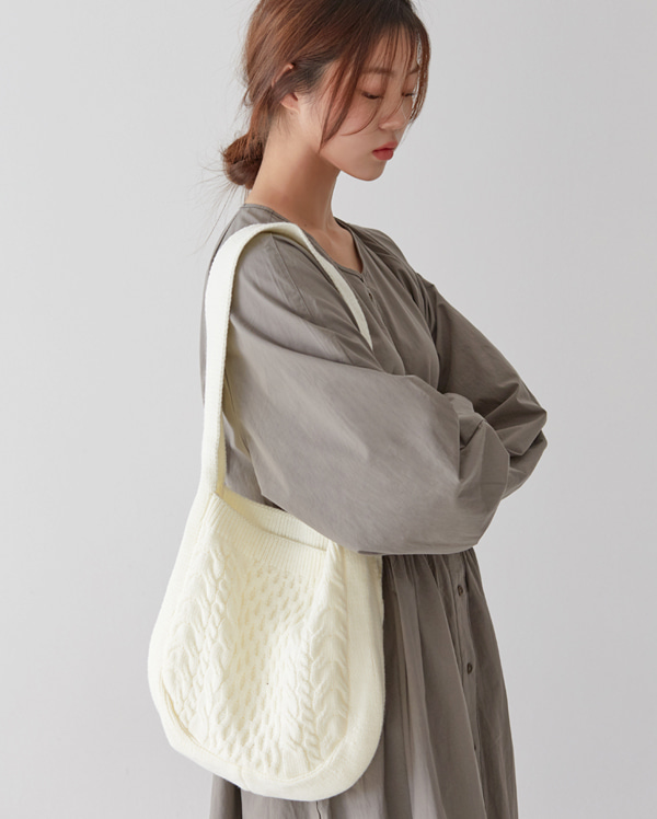 twist knit bag