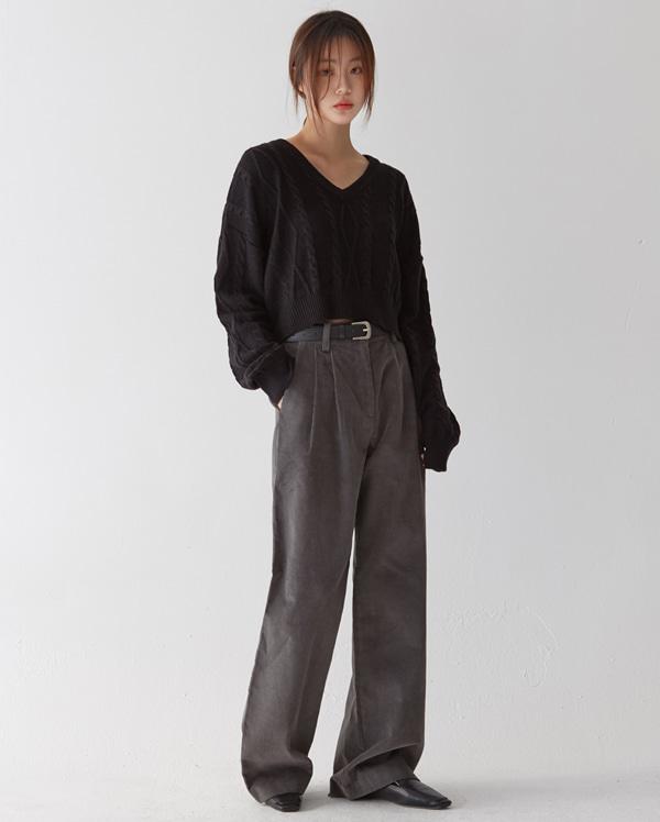 autumn twist v-neck crop knit