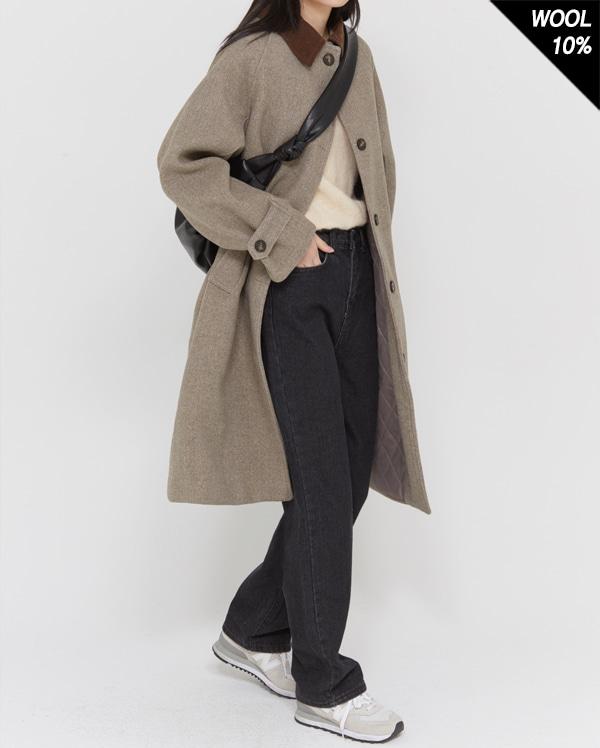 baguette collar wool coat