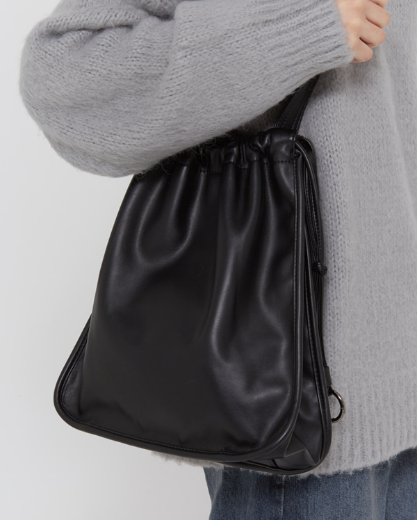 mia string square shoulder bag