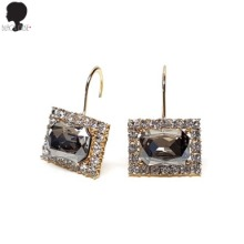 BLACK MUSE Luxury Square Hoop Earrings 1pair,Beauty Box Korea