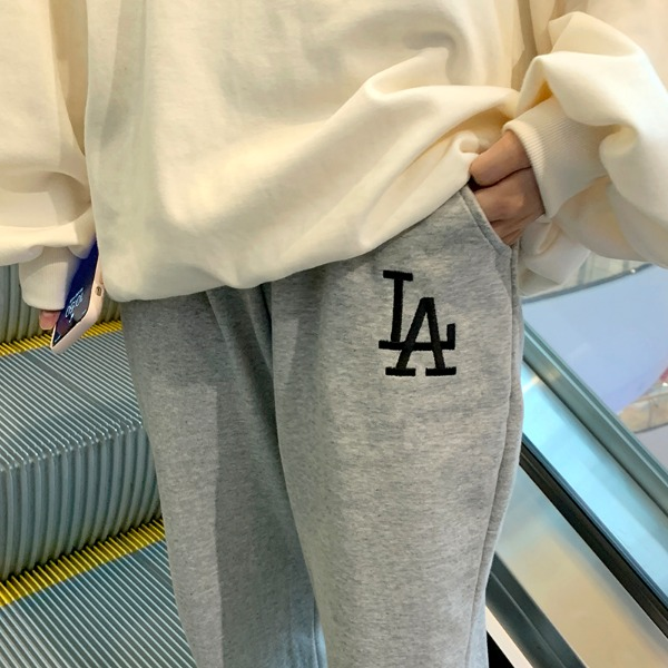 Embroidery training pants
