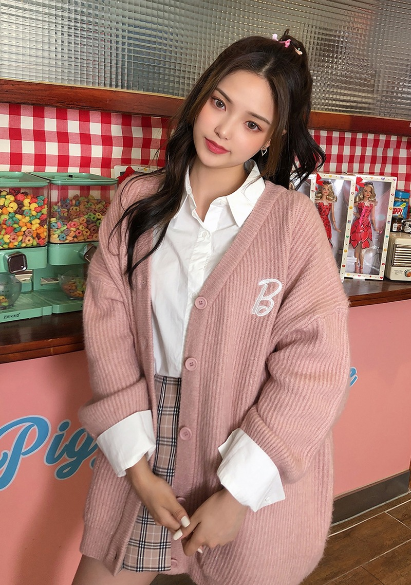 Love Barbie pink chocolate cardigan_H66689