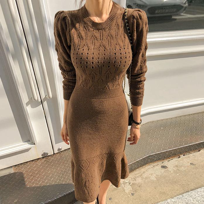 DABAGIRL圆领镂空修身针织连衣裙