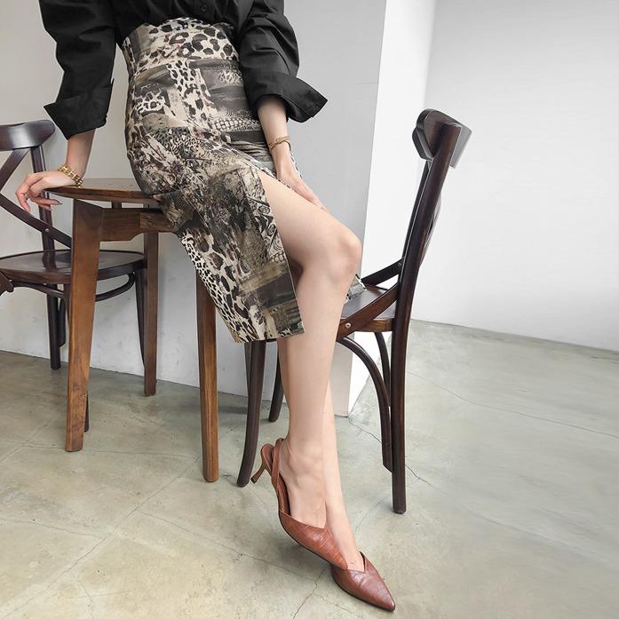 DABAGIRL开衩摆豹纹H版半身裙