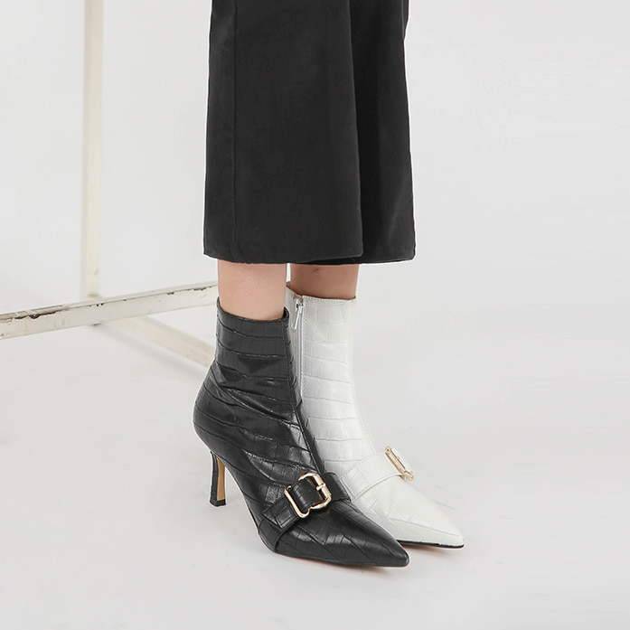 Dabagirl Pointy Toe Buckled Strap Ankle Boots