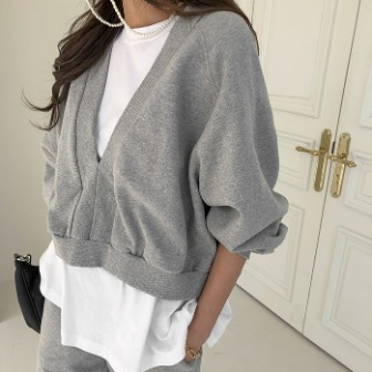 Dabagirl Two-Tone Layered Pullover Top