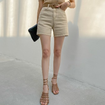 Dabagirl Straight-Cut Mid-Thigh Shorts