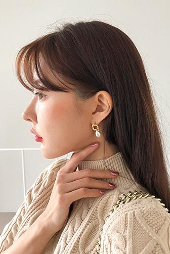 Dabagirl Teardrop Faux Pearl Earrings