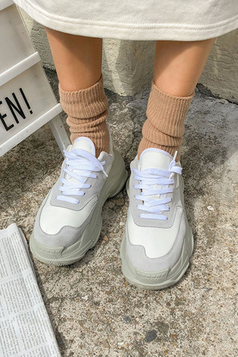 Dabagirl Paneled Lace-Up Chunky Sneakers