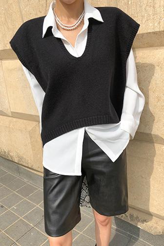 Dabagirl Wide Shoulder Asymmetrical Vest