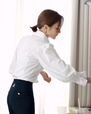 [후기199개]에센셜 화이트 프릴셔츠