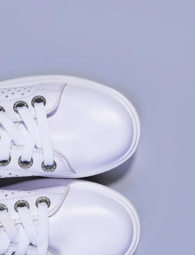 매거진당신의 신발엔습관이 묻어있다