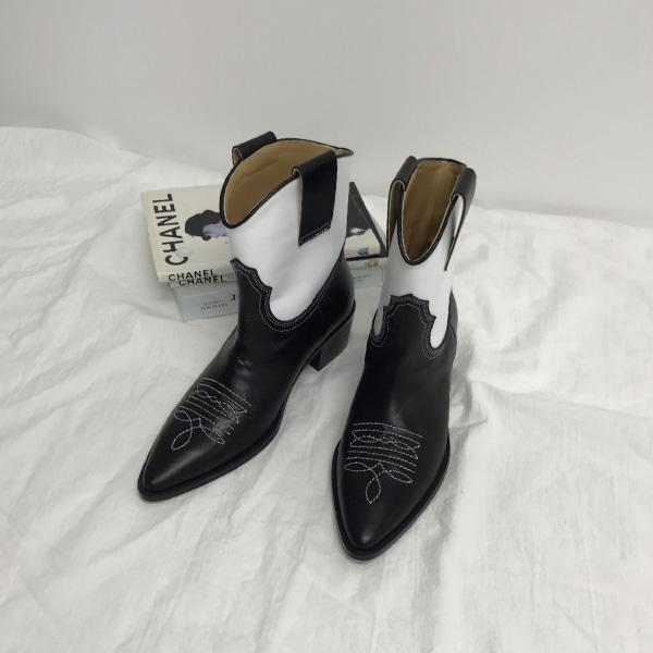 mondo-boots