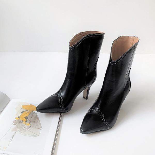 sticky-boots