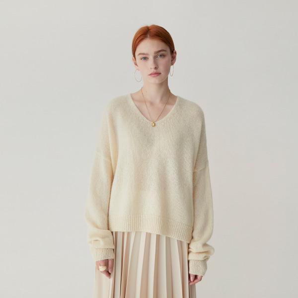 v neck-knit