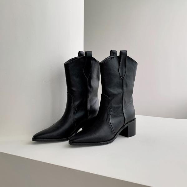 條帶裝飾粗跟尖頭牛仔靴