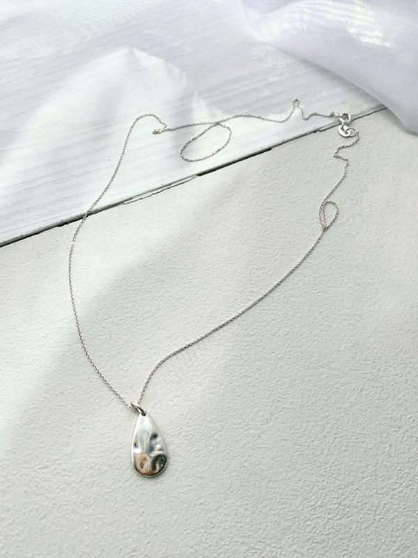 凹凸水滴綴飾銀色項鍊