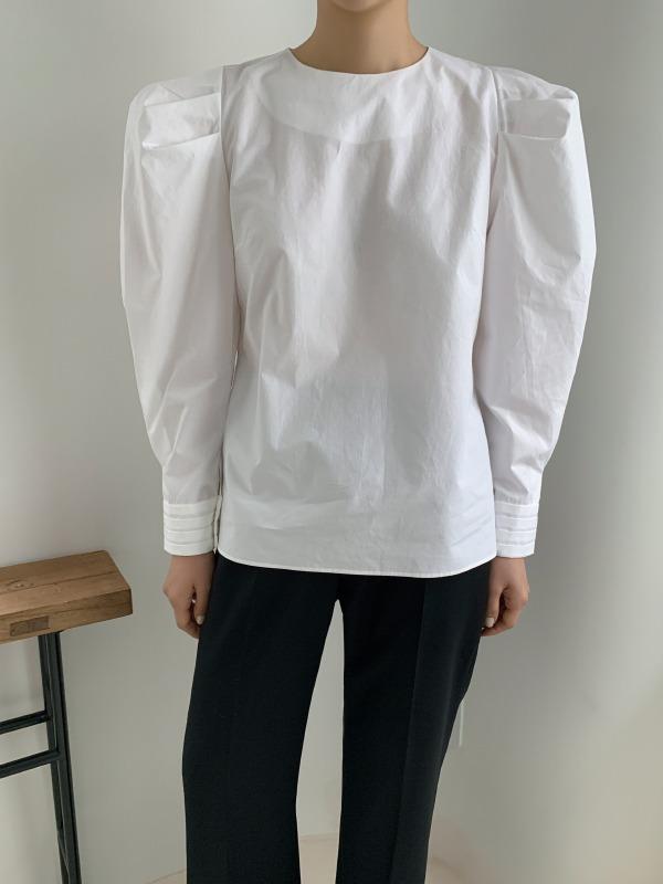 颈后系扣圆领泡泡袖女衫