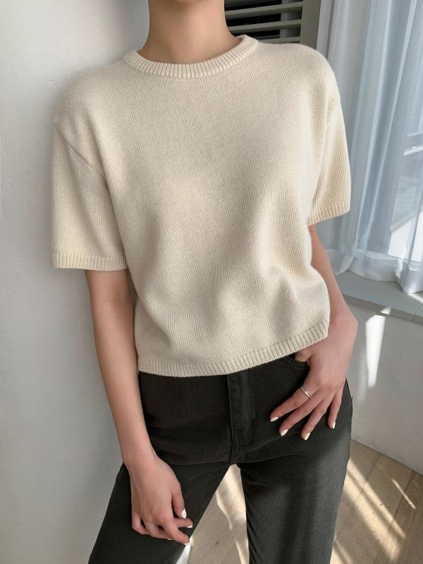短袖圆领纯色羊毛衫