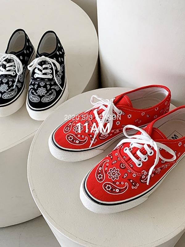 bandana sneakers