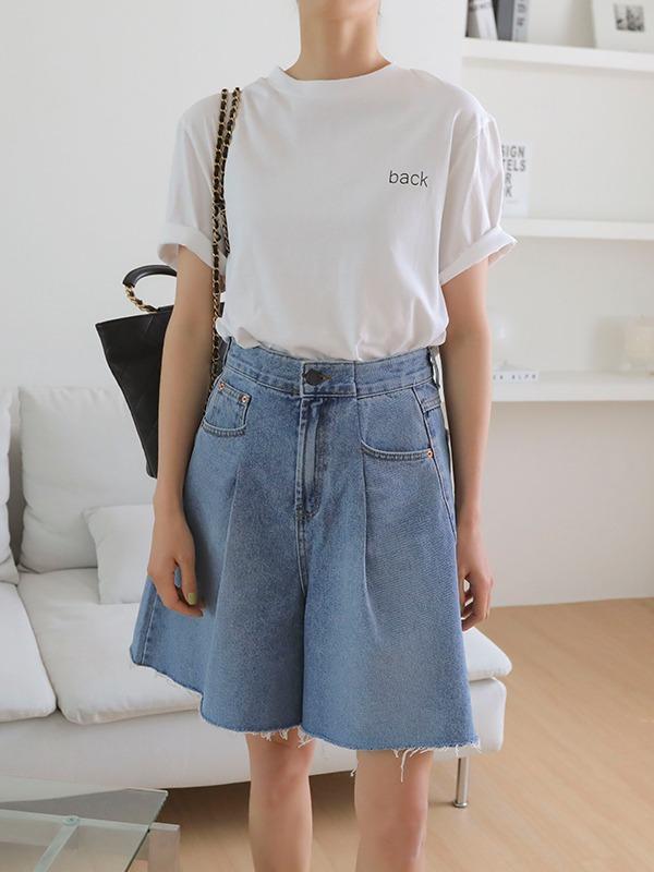 シンプルレタリングコットンTシャツ