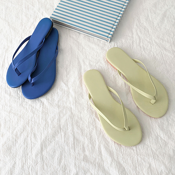 Solid Color Flip-Flops