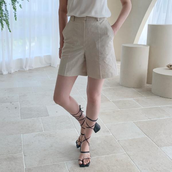 row linen-shorts
