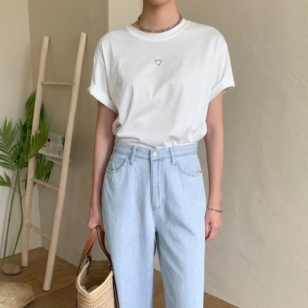 心形印花短款短袖T恤