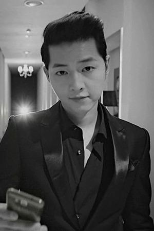 ByTheRCELEBRITY (송중기 - Samsung Galaxy Pop CF)