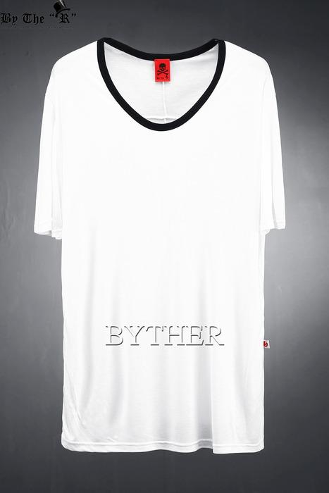 ByTheR配色ラインUネックTシャツ