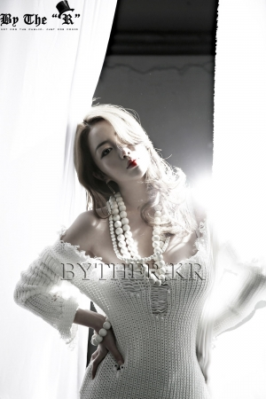 ByTheRCOLLABORATION (ByTheR X Maxim Model 엄상미) 001