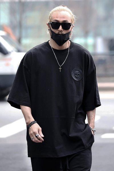 ByTheRスカルモチーフBIGシルエット半袖Tシャツ