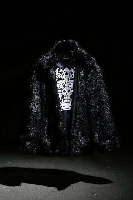 Mukha loose fit fur jacket black