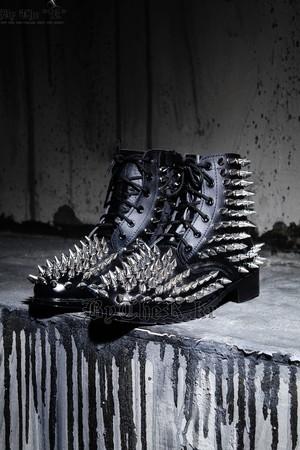 ByTheR龐克風鉚釘軍靴
