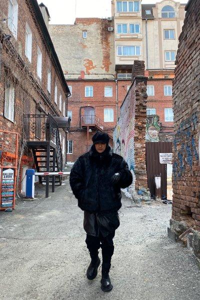 CELEBRITY (Shin Hyun Joon)