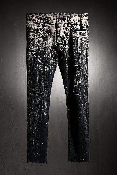 ByTheR Custom Upper Bleach 手工定制喷漆牛仔裤