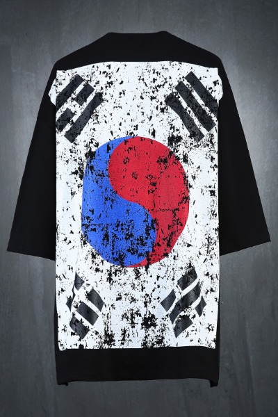 ByTheR Korea Taegeukgi Flag Loose Fit Short Sleeve Tee Black