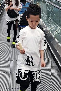 ByTheR儿童大字母图案白色短袖T恤