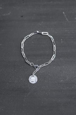 ByTheR Skull Logo Pendant Chain Silver Bracelet