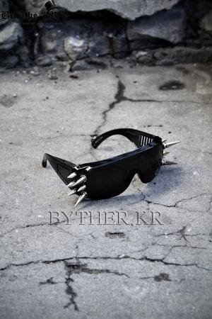 ByTheRByTheR Spike 手工制作个性柳丁墨镜